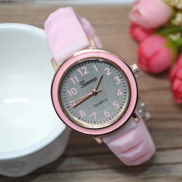 Hot Style Trendy Casual Children's Watch Student Jelly Silicone Watch Band GENEVA Macaron Quartz Watch