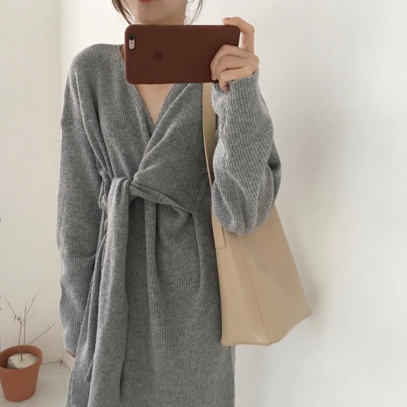 H34212b675c5640babda9fa65eaa28365T - Winter Korean V-Neck Long Sleeves Knitted Dress
