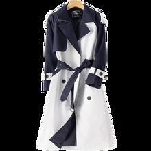 Куртка женская средней длины контрастных цветов на осень в Корейском