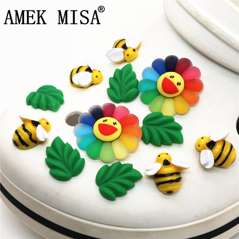 Single Sale 1pc Sun Flower And Leaf Shoe Charms Accessories Original Cute Leaves Shoe Decoration For Jibz Kids Party X-mas Gift
