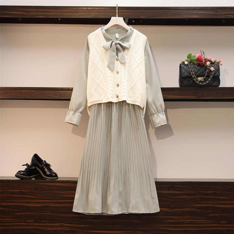 2020 New Girl Style One Piece Suit Dress, Women's Autumn and Winter Show Thin Long Sleeve Pleated Medium Length Shirt Dress 7