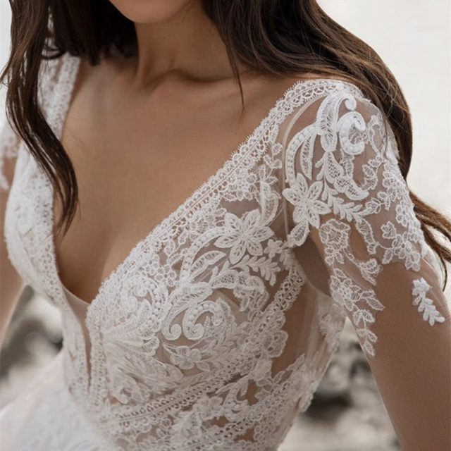 Boho Beach Wedding Dress 2021 A-Line V-Neck Long Sleeve Lace Appliques Tulle Backless Bohemian Bride Gown Sexy Charming Robe 4