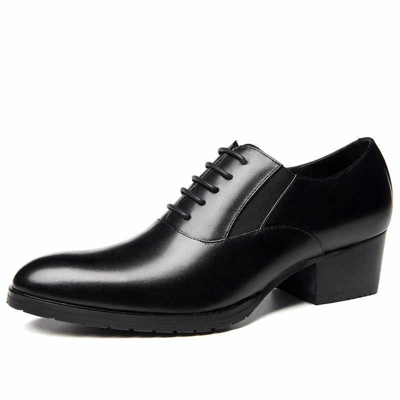 Botas de cuero genuino negro para hombre, zapatos de punta redonda para hombre, botas de trabajo elegantes de primavera y otoño de estilo nuevo de Inglaterra