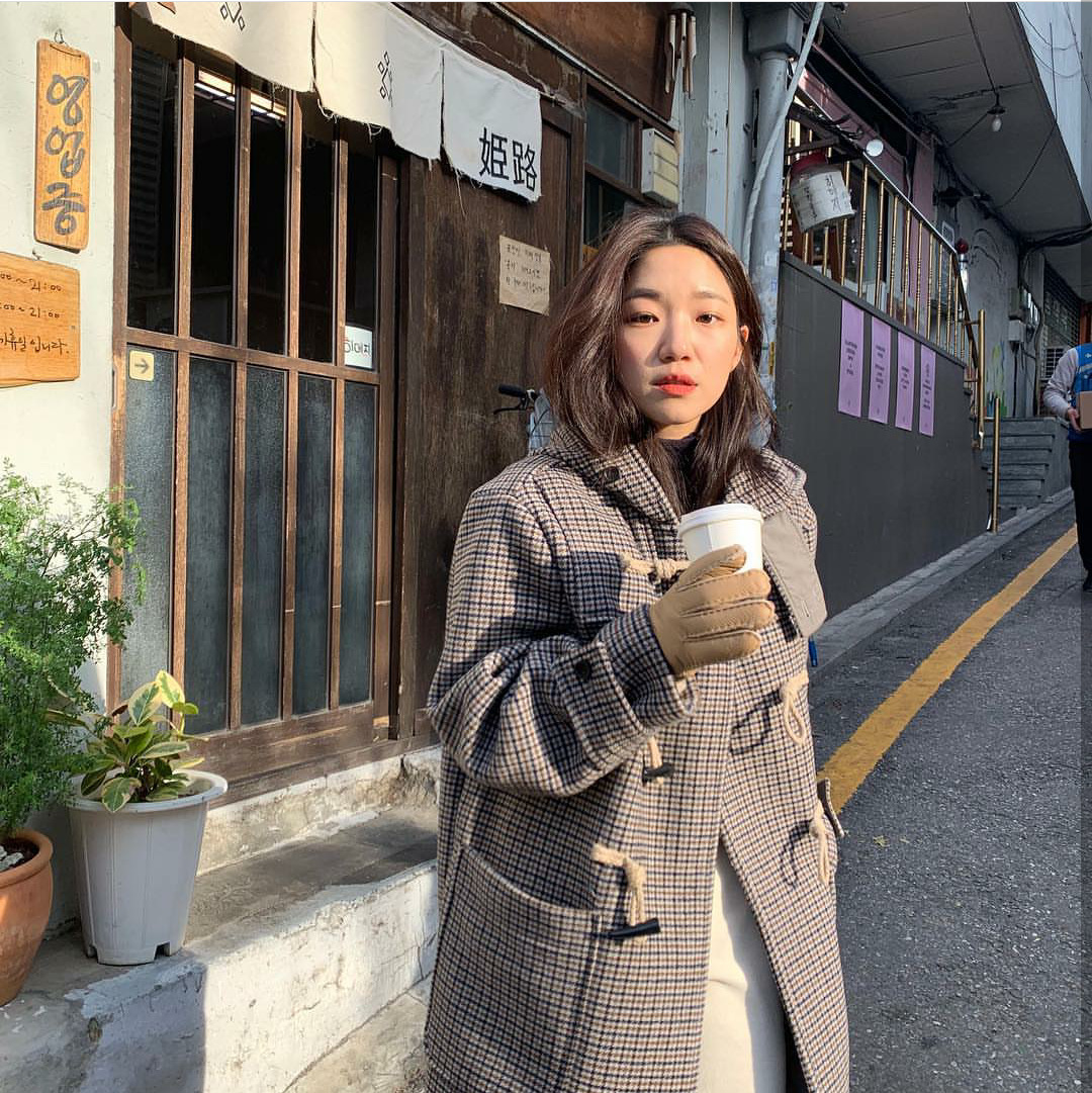 The New Academic Style Plaid Hooded Ox Horn Button Wool Double Cashmere East Gate Coat 2019 Women