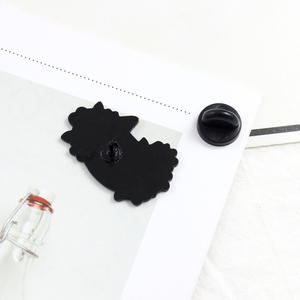 Мультфильм Черный кот вокруг Красочные цветы Брошь черные кошки животных эмалированные булавки для женщин детские рубашки лацкан забавная булавка бижутерия