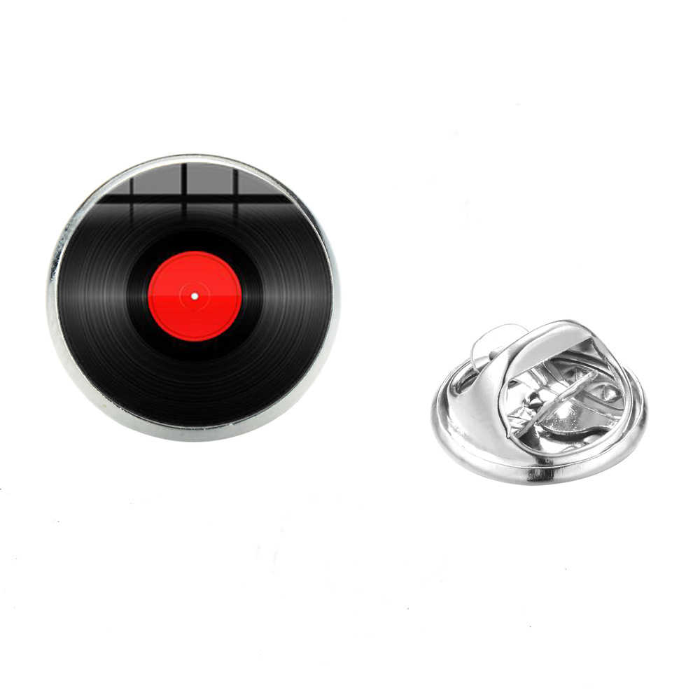 SIAN Retro เพลงเครื่องเล่นเข็มกลัด Gramophone ไวนิลบันทึกรูปแบบศิลปะแก้วรอบผ้า Pins Badge สแตนเลสเข็มกลัด