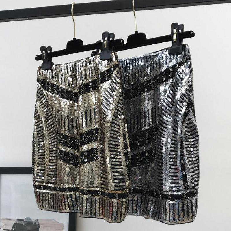 Women Retro Black Sequined Short Skirt Vintage Beaded Pencil Skirt High Waist Golden Silm Bodycon Runway Mini Skirt