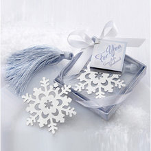 Book Marker Snowflake Bookmarks Winter Flower Pendant Gifts Tassel Favors Thanksgiving Christmas Birthday Gift With Gift Box(China)