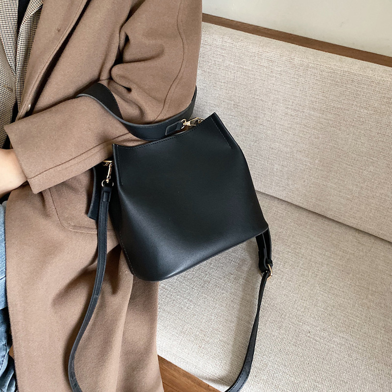 Casual Solid Female Bucket Bag Women Large Capacity Handbags 2019 New Quality Leather Women Shoulder Messenger Bags Ladies Totes