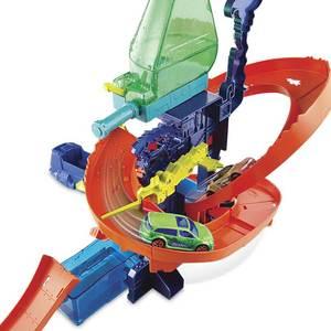Image 2 - Originele Hot Wielen Track Stad Mega Wasstraat Aansluitbaar Play Set Diecast Discolour Hotwheels Speelgoed Voor Kinderen Verjaardagscadeau
