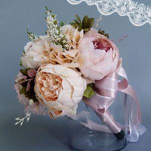 Image 4 - Châu Âu Vintage Cưới Cô Dâu Hoa Nhân Tạo Bụi Hoa Mẫu Đơn Giả Thực Vật Mọng Nước Phối Băng Ren Phù Dâu Trang Trí Tiệc