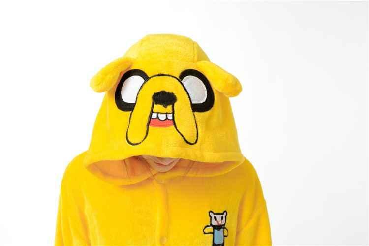 HKSNG yeni bağlantı yetişkin Finn ve Jake Onesies macera zaman kostüm sarı köpek pijama hayvan cadılar bayramı partisi tulumlar Kigurumi