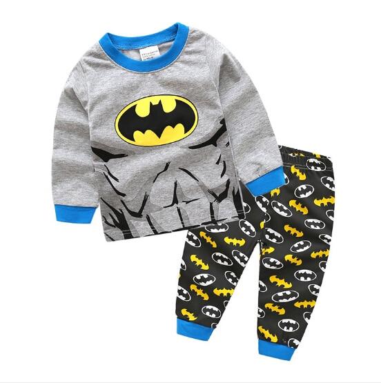 Boys Pyjamas Batman Set Kids Children/'s Grey black yellow Super Heroes pj/'s