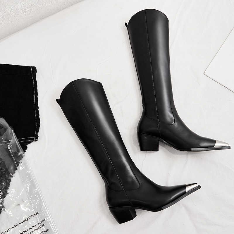Повседневные женские ботильоны из выбитая микрофибра ковбойские сапоги вестерн с острым носком женские ботинки до середины икры на массивной танкетке для подиума