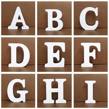 1pc 8cm białe drewniane litery alfabetu angielskiego DIY spersonalizowana nazwa projekt rzemiosło artystyczne wolnostojący ślub urodziny Home Decor tanie i dobre opinie CN (pochodzenie) Drewna