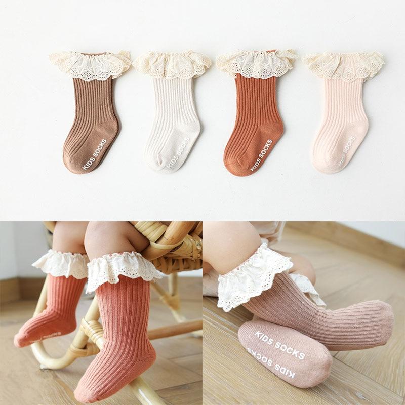 Детские носки для новорожденных девочек, детские гольфы с кружевом, Нескользящие хлопковые зимние длинные гольфы для младенцев