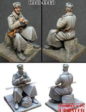 1/35 Resin Model Building Kit Figure Soviet soldier(China)