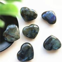 Labradorite – cristaux minéraux en cœur, pierre naturelle et cristaux de guérison reiki, pierres précieuses, décoration hogar moderne