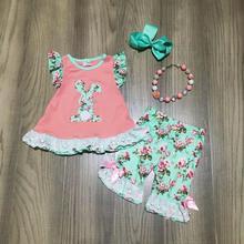 Primavera/estate di Pasqua mint coral coniglietto fiore top capris del bambino vestiti delle ragazze del cotone delle increspature boutique set partita accessori