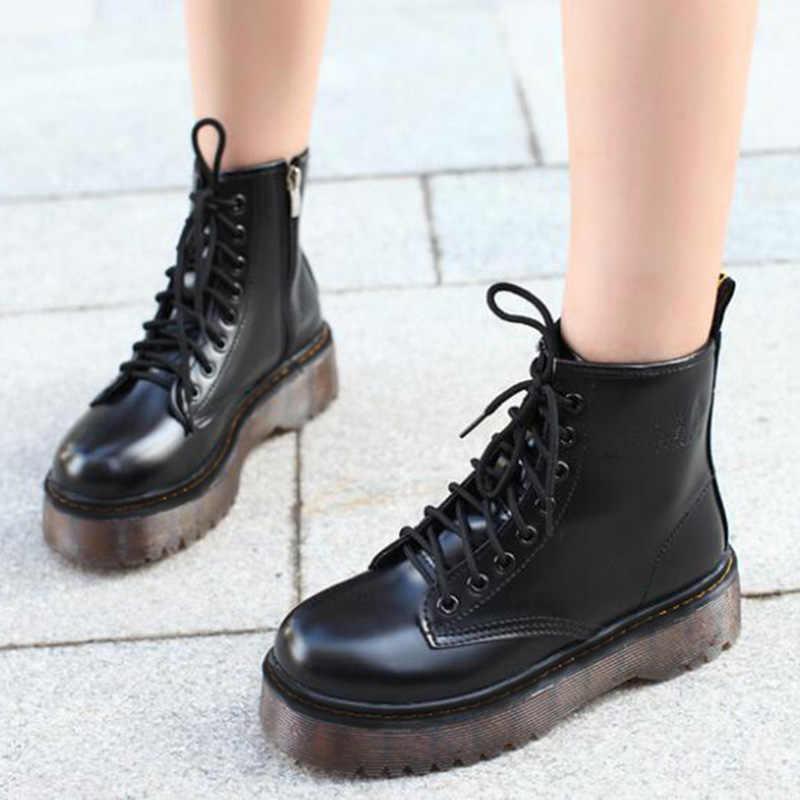 แฟชั่นผู้หญิง JASON Martins รองเท้าบูทฤดูใบไม้ร่วงฤดูหนาวรถจักรยานยนต์ข้อเท้าแพลตฟอร์มรองเท้าผู้หญิงรองเท้าสีดำรองเท้าหนัง PU