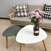 Небольшой чайный столик простой современный прикроватный столик простой креативный треугольный прикроватный столик