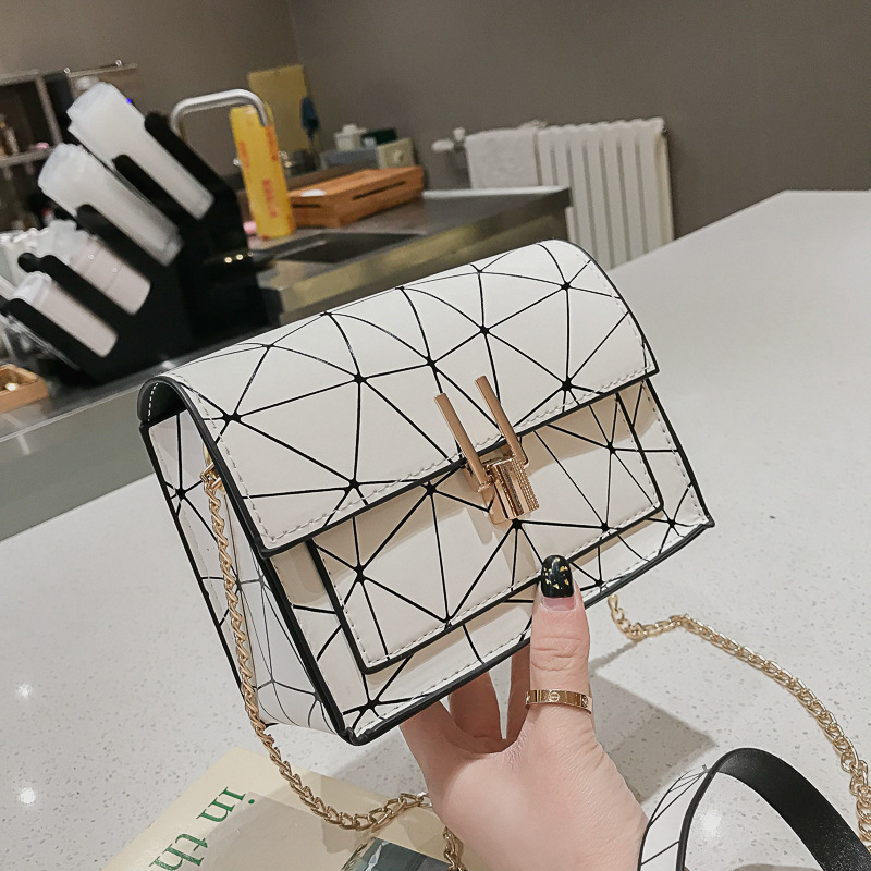Korean Version Of The Messenger Bag Women Shoulder Bags 2019 Summer New Handbag And Purse Chain Wild Stripe Crossbody Bag Bolsa