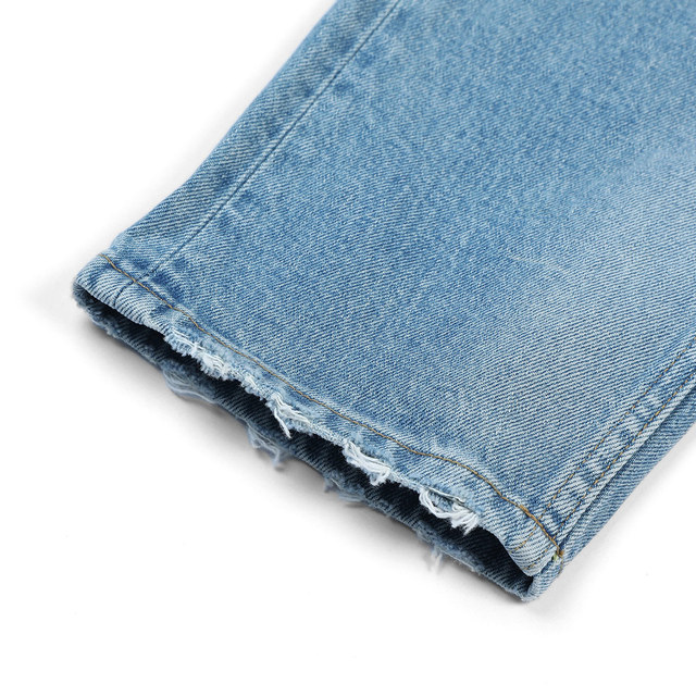 Classic straight jeans in light blue