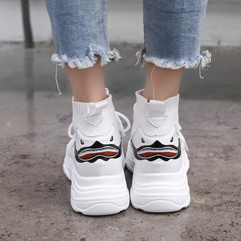 2019 New Women Sneakers Shoes Woman Flats Platform Loafers Ladies Air Mesh Casual Work Take A Walk Shoes Europe Designer Style 1