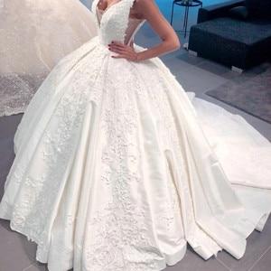 Image 1 - Роскошное Свадебное платье, бальное платье, пушистое атласное кружевное платье с аппликацией из бисера, новый дизайн 2020, свадебное платье на заказ SH22