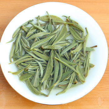 2020 Lv Cha Green Tea New Tea Aroma for Clear Heat and Anti-fatigue 2