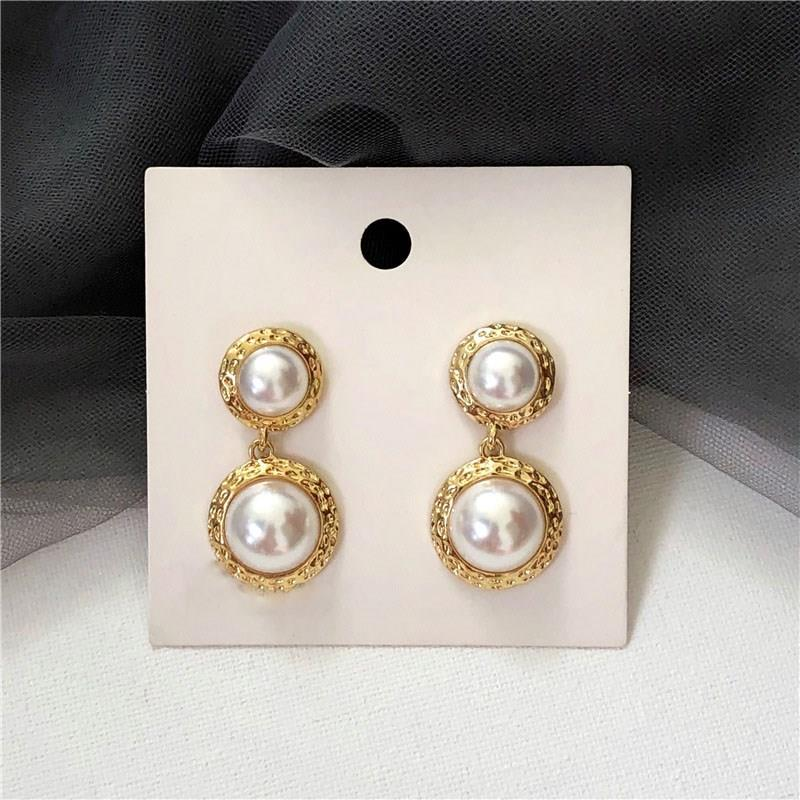 Trendy Vintage Baroque Pearls Earring Round Baroque Circular Simulated Pearl Drop Earring Alloy Drop Earring