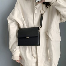 2019 New Retro Shoulder Bag Versatile Chain Diagonal Small Square PU Leather
