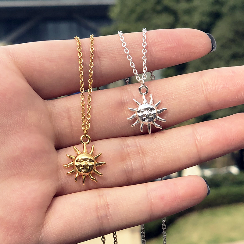 Vintage Smiley Sun Face Pendant Necklace For Women Stainless Steel Gold Chain Boho Choker Necklace Jewelry Pendant Gift Collier
