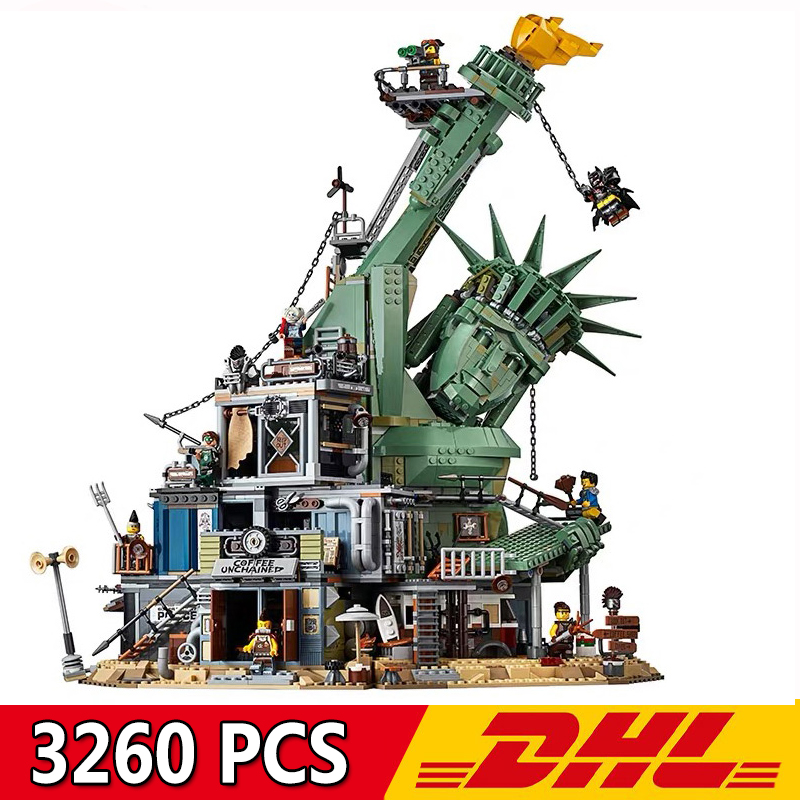 11252 3260Pcs Big Movie Series Doomsday Castle Statue of Liberty Model Building Blocks Bricks Compatible Legoings <font><b>70840</b></font> Kids Toy image