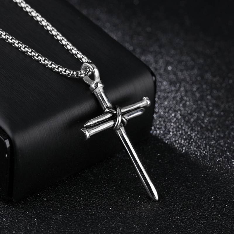 2020 New Fashion Cross Necklace Men Punk Nail Styling Pendant Black Gold Silver Color Chain Creative Necklace Gifts