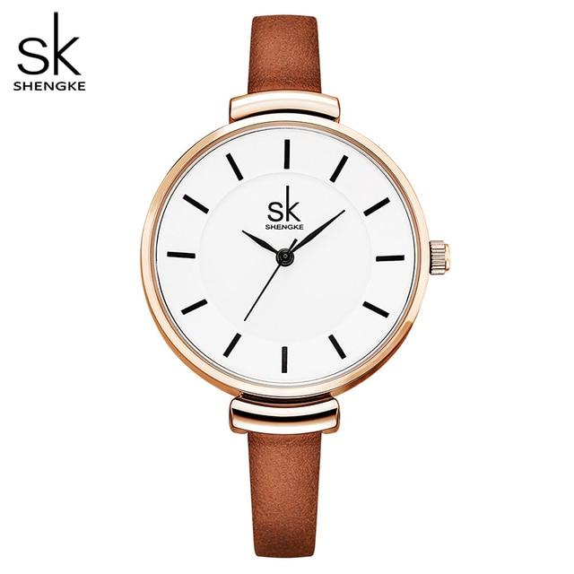 Shengke革ストラップ女性の腕時計カジュアル薄型バンドクォーツ腕時計女性レロジオfemininoレディースヴィンテージ腕時計