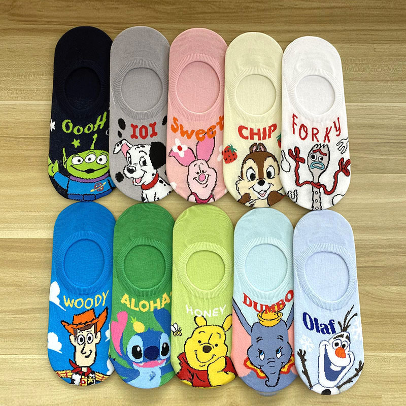 Disney Girl Cute Cartoon Minnie Mickey Cotton Socks New Fashion Soft Cotton Short Socks 1Pair 35-40
