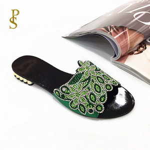 Image 2 - Sapatos planos para mulher chinelos diários para senhoras sapatos com saltos baixos e brocas