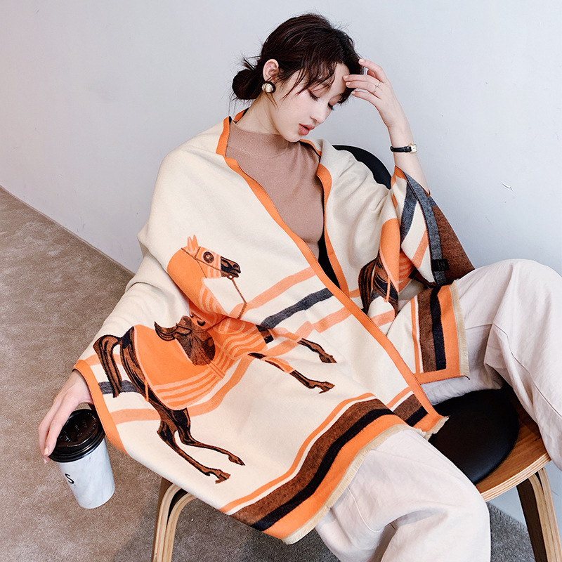 Animal Print Winter Cashmere Scarf Women 2019 New Thick Warm Shawls And Wraps Brand Designer Horse Printed Pashmina Blanket Cape