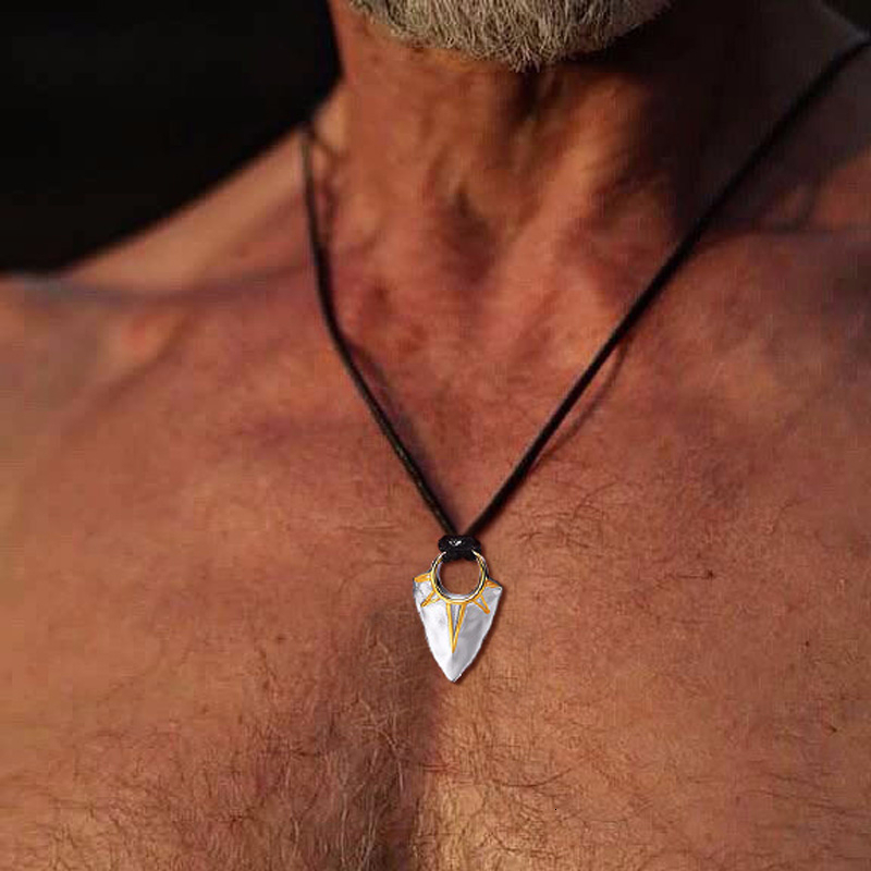 MEN JEWELRY SUN ARROW HEAD PENDANT NECKLACE IN STAINLESS STEEL ARROW HEAD WITH ADJUSTABLE ROPE CHAIN