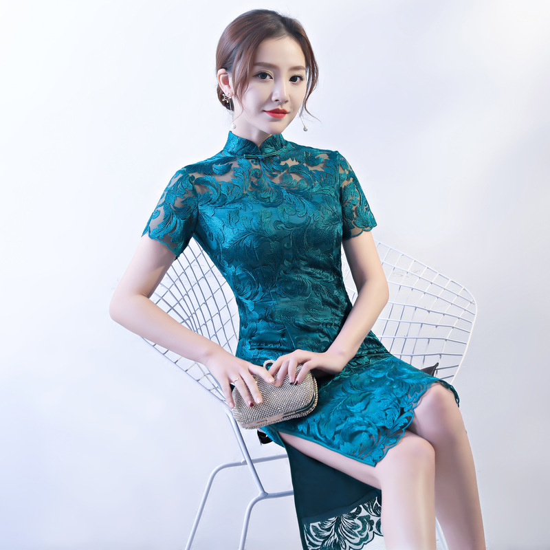 2019 Elegant Female Mermaid Long Qipao Chinese Dress Embroidery Mandarin Collar Cheongsam Sexy Lace Vestidos Evening Gowns Robe