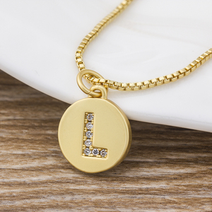 Hot Sale Fashion Tiny Daint Alphabet Pendants 26 Letters Necklace Gold Color for Women Girls Best Birthday Party Gift