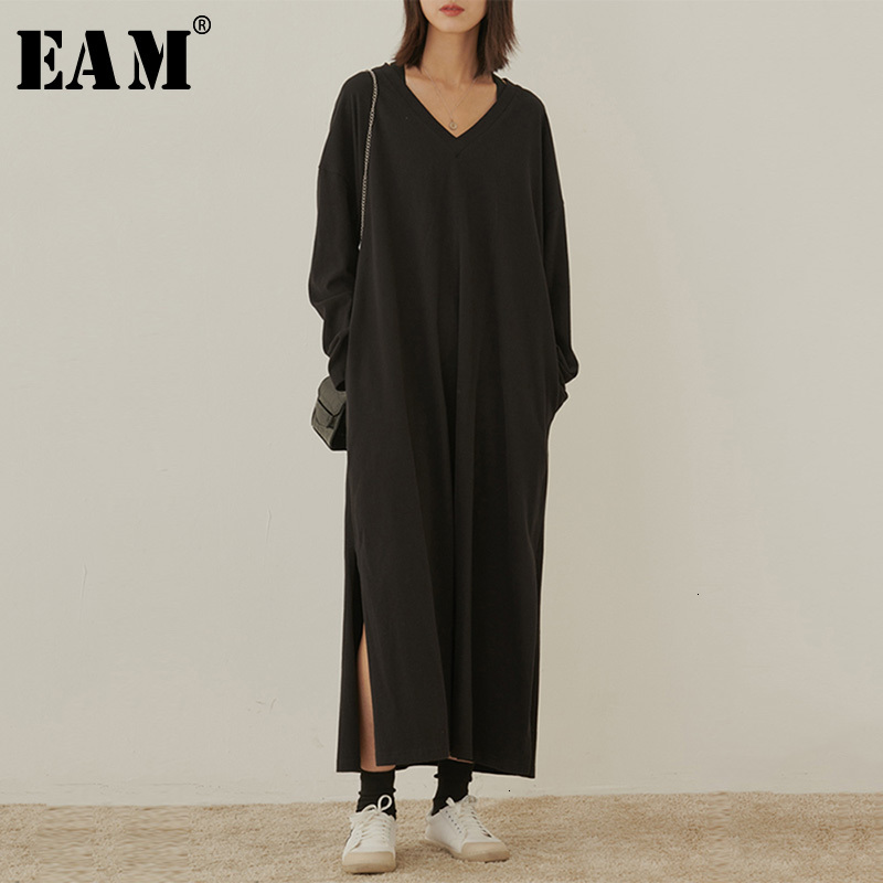 [EAM] Women Black Brief Side Vent Long T-shirt Dress New V-Neck Long Sleeve Loose Fit Fashion Tide Spring Autumn 2020 1M768