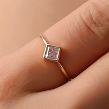 Simple Square CZ Zircon Engagement Ring for Women Wedding Rings Knuckle Finger Fashion Jewelry Party Gift Wholesale WD605
