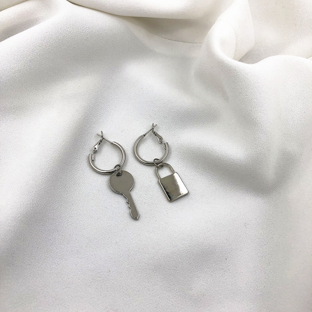 Asymmetric Cold Wind Key Lock Earrings Women Wholesale
