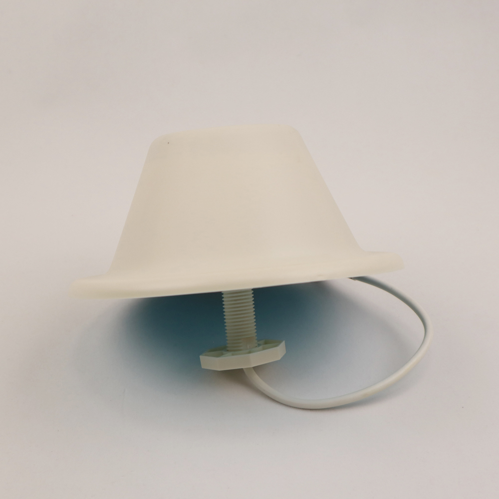 Image 2 - ZQTMAX vhf uhf antenna 360 degree omnidirectional Ceiling N Female Connector for Mobile Signal Amplifier cdma-in Communications Antennas from Cellphones & Telecommunications