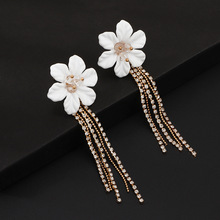 2019 New European American Long Tasseled Earrings Fashionable Flowers Lovely Elegant Ladiesjewelry