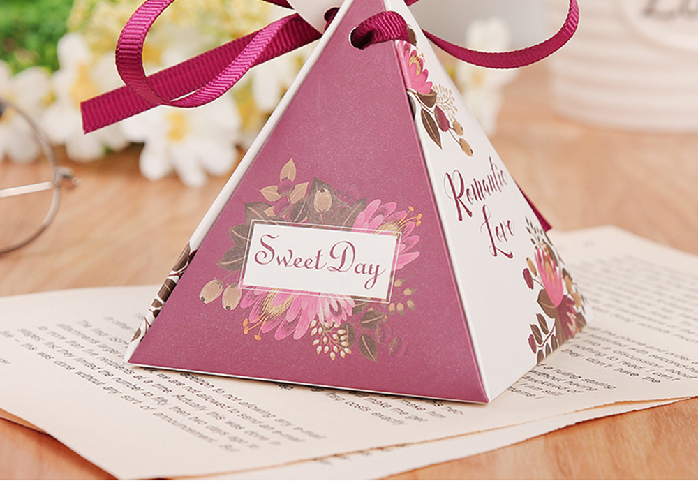 Triangular Pyramid Marble Candy Box Wedding Favors and Gifts Boxes Chocolate Box for Guests Giveaways Boxes Party Supplies-24