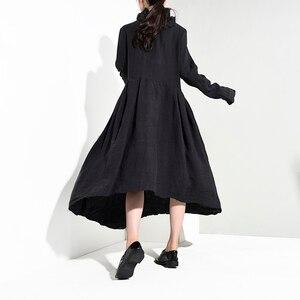 Image 4 - [EAM] vestido largo negro plisado asimétrico con cuello alto nueva manga larga corte holgado moda tendencia primavera otoño 2020 JI0980