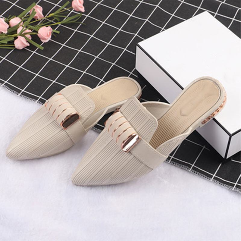 Women Pointed Toe Mules 2020 Woman Slippers Women's Fashion Metal Decoration Ladies Casual Low Heels Female Outdoor Shoes